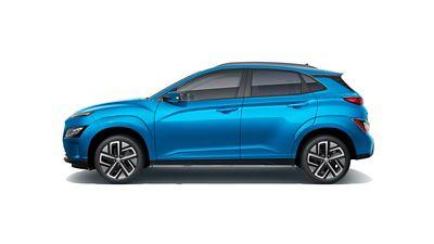 Vue latérale de la silhouette sportive du nouveau SUV compact Hyundai KONA Electric.