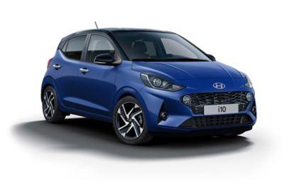 Hyundai i10 Intense Blue vrijstaand.