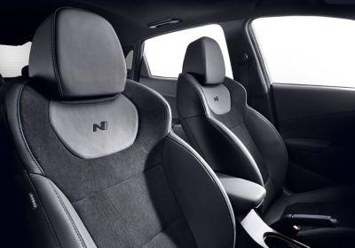 Immagine dei sedili sportivi di Nuova Hyundai KONA N
