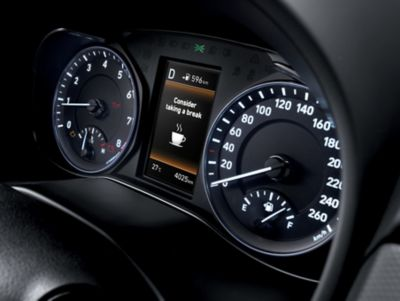 Photo showing the DAW system of the all-new Hyundai Kona suggesting a break.