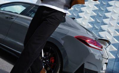 elegant rear spoiler o the new Hyundai i30 Fastback N