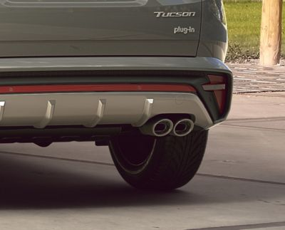 Detail of the all-new Hyundai TUCSON Plug-in Hybrid N Line twin tip muffler exhausts.