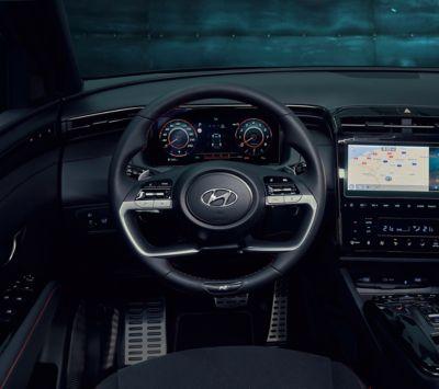 Dettaglio del volante in pelle di Nuova Hyundai TUCSON N Line.