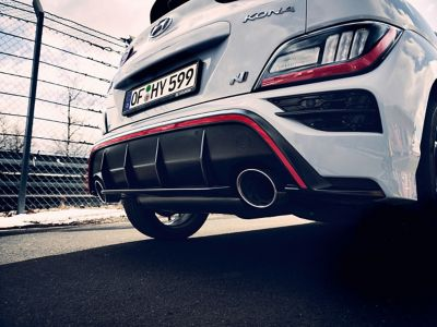 Dual single exhaust pipes on the Hyundai KONA N hot SUV