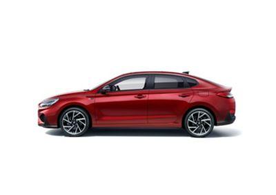 Nowy Hyundai i30 N Line Fastback, widok z boku