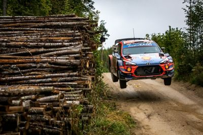 The Hyundai i20 Coupe WRC in the Rally Estonia with a huge leap.