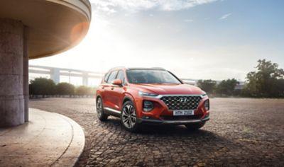 Hyundai Santa Fe dostępny w wyprzedaży.