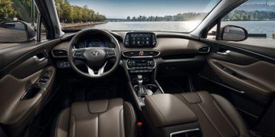 Vista panorámica del salpicadero del Hyundai SANTA FE.