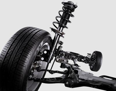 La suspensión MacPherson del nuevo Hyundai SANTA FE Híbrido de 7 plazas.