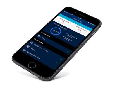 Immagine di uno smartphone con app Hyundai Bluelink® Connected Car Services attiva