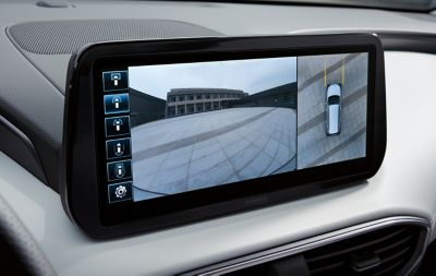 The surround view monitor in the new Santa Fe Hybrid 7 seat SUV.
