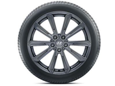 The Hyundai TUCSON genuine accessories wheels in graphite or bicolour.