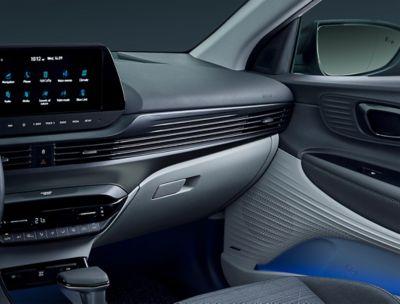 Deska rozdzielcza we wnętrzu modelu Hyundai BAYON.