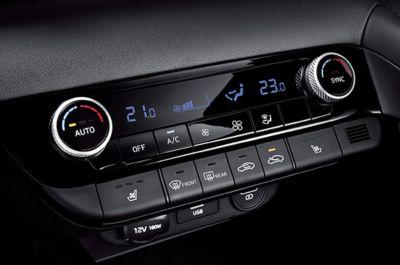 Automatyczna klimatyzacja w Nowym Hyundaiu Elantra.