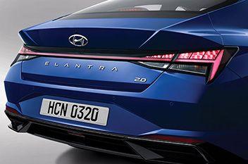 Nowy Hyundai Elantra – tylne lampy zespolone LED.