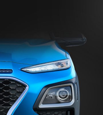 A close up view of the full LED headlamps on the Hyundai KONA Hybrid.