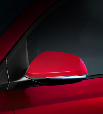 The LED turn signals in the Hyundai i10's door mirror.