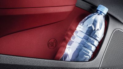 Photo of the bottle holders in the doors of the Hyundai i10.
