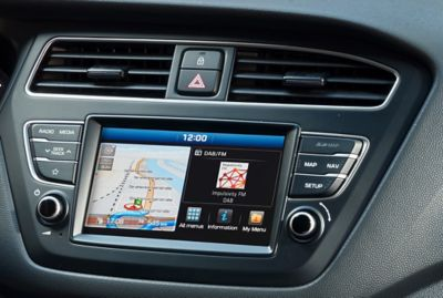 "Photo of the 7"" navigation system in the Hyundai i20 Coupe."