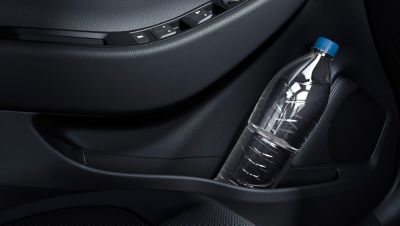 The doors of the new Hyundai i20 Active have stowage areas for bottles.