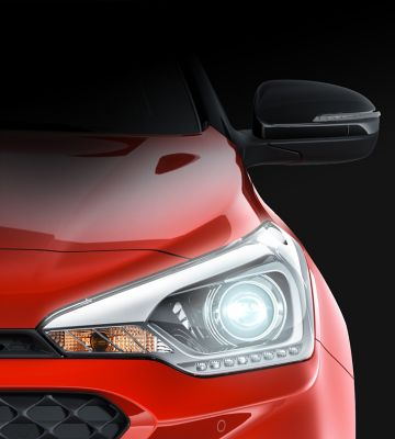 The bi-function projection headlamps on the new Hyundai i20.