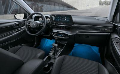 Iluminación en la parte inferior del Hyundai i20.