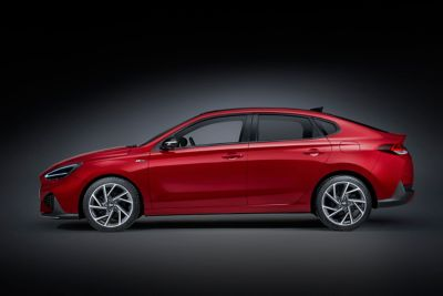 Sideshot of the new i30 N Line Fastback