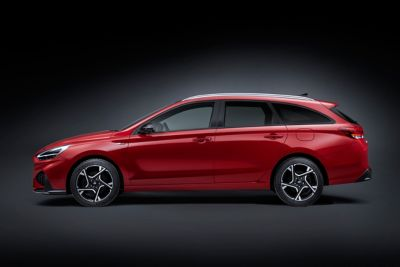 Sideshot of the new i30 N Line wagon