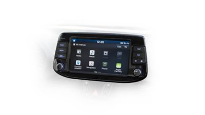 Picture of the navigation system and 8 inch touch screen in the Hyundai i30 Fastback.