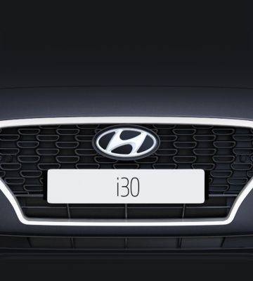 Close up view of the new Hyundai i30 Fastback's Cascading Grille.
