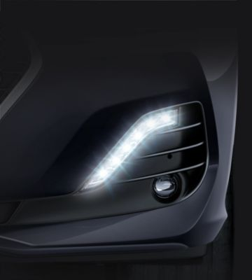 Picture of the LED daytime running lights on the new Hyundai i30 Fastback.