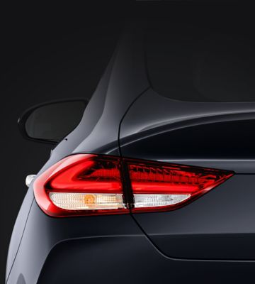 Picture of the LED rear combination lamps in the new Hyundai i30 Fastback.