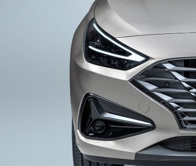 close up of the new Hyundai i30 headlights