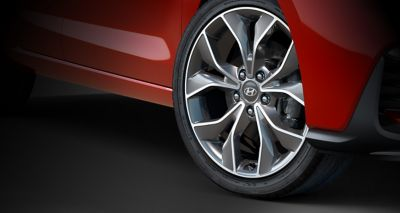 "Picture of the i30 N Line's 18"" alloy wheels and performance tyres."