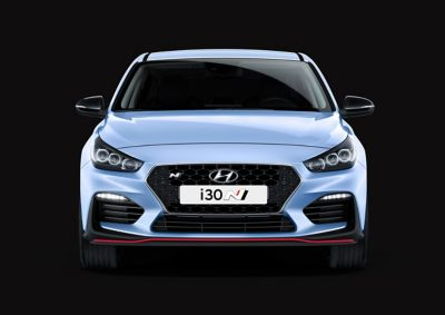 Close up photo of the Cascading Grille of the The Hyundai i30 N.