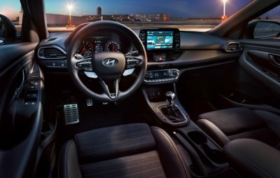 Photo of the sporty interior of the all-new Hyundai i30 N.