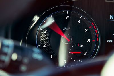 Close up image of the rpm gauge in the all-new Hyundai i30 N.
