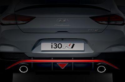 Vista en detalle de la silueta del Hyundai i30 Fastback N.