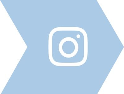 Instagram icon on arrow