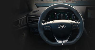 Podgrzewana kierownica Hyundaia IONIQ Hybrid.