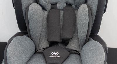 Detail na pásy autosedačky Premium Isofix