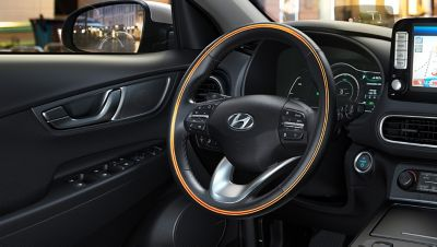 An illustration of the heated steering wheel on the all-newHyundai Kona Electric.