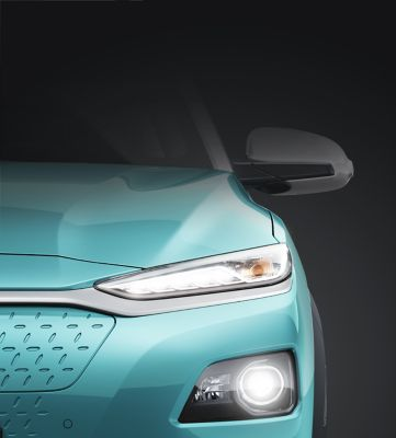 The sleek headlight design on the all-new Hyundai Kona Electric.