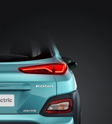 The rear bumper and LED rear lights on the all-new Hyundai Kona Electric come with a progressive design.