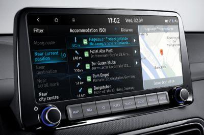 Bluelink® umożliwia sterowanie funkcjami samochodu za pomocą telefonu i poleceń głosowych.