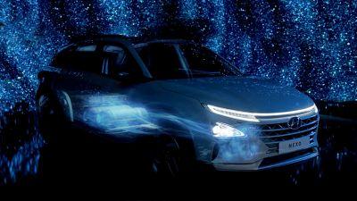 De Hyundai NEXO in verlichting voor de waterstofsamenleving.