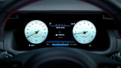 Vue des compteurs numériques de Hyundai TUCSON Hybrid N Line Nouvelle Génération en mode Normal.