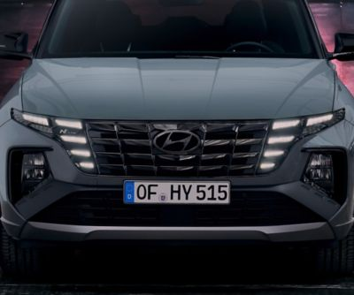 Detail of the all-new Hyundai TUCSON N Line front grille and headlamps.