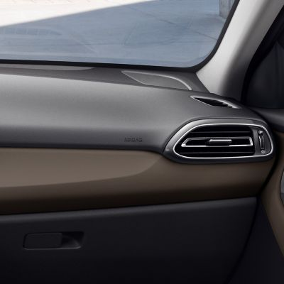 Detail of the Hyundai i30 Fastback interior in Ebony Brown, one of three new interior colours.