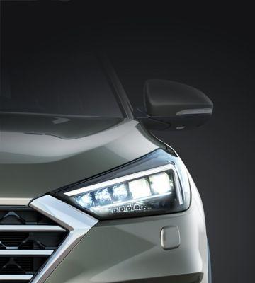 Detail view of the new Hyundai Tucson's Bi-LED headlamps.